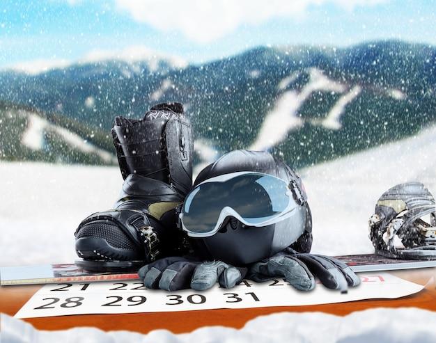 Equipamento de esporte de inverno em fundo de inverno