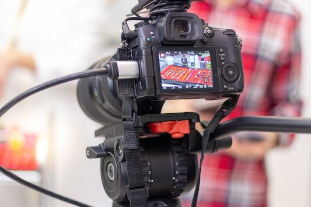 Equipamento de extensão de cílios de filmagem de câmera de vídeo