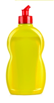 Equipamento de limpeza amarelo isolado em um fundo branco. foco seletivo