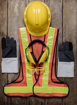 Equipamento de segurança de construção padrão