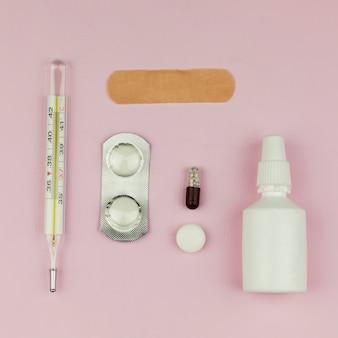 Equipamento médico, com, termômetro