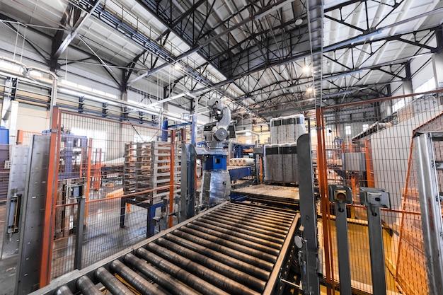 Equipamentos de produção de fibra de vidro na fabricação