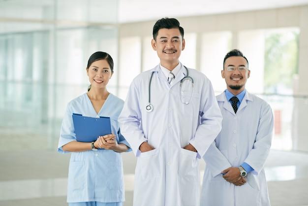 Equipe de médicos