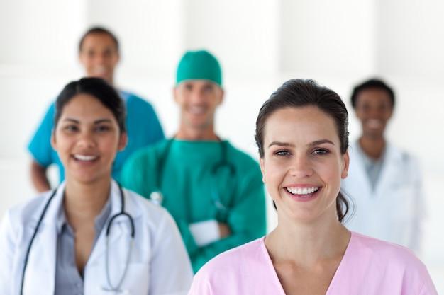 Equipe médica internacional