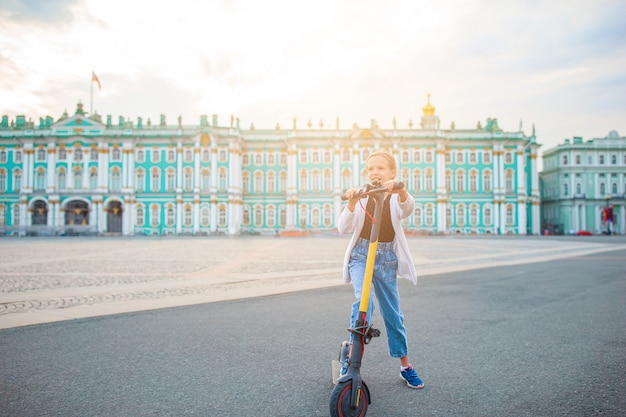 Eremitério na praça do palácio, são petersburgo, rússia