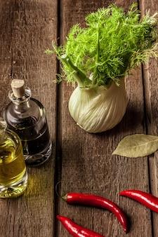 Erva-doce fresca cheia de vitaminas e fibras