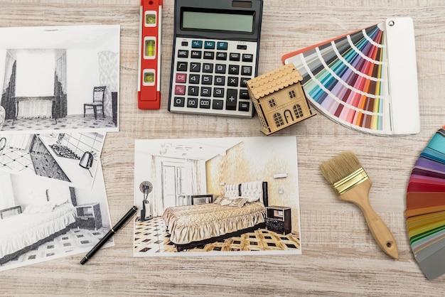 Esboço de apartamento de conceito de design de interiores com paleta de cores e ferramentas