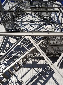 Escada de elevação. mineração e planta de processamento. mineração de silvinita. distrito de petrikov, república da bielorrússia.