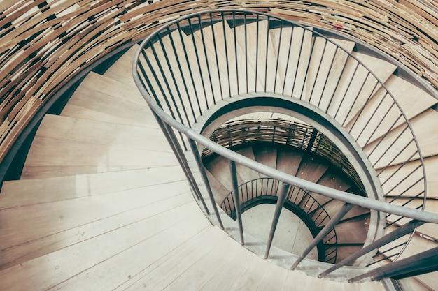 Escadaria padrão bretanha espiral interior