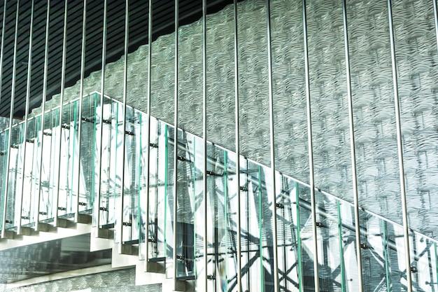 Escadas do prédio de escritórios