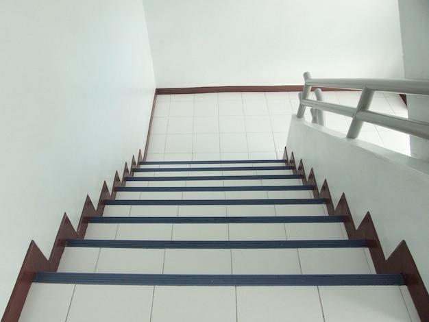 Escadas no escritório