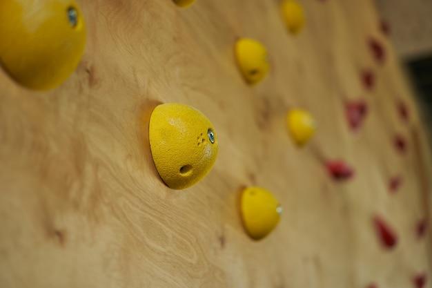Escalar parede de perto