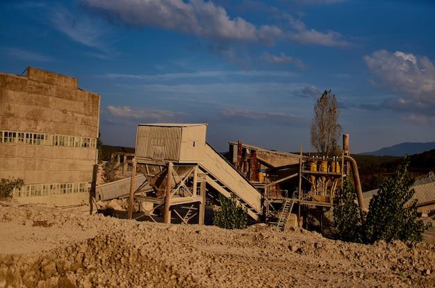 Escavadeira de montanhas de areia para construção