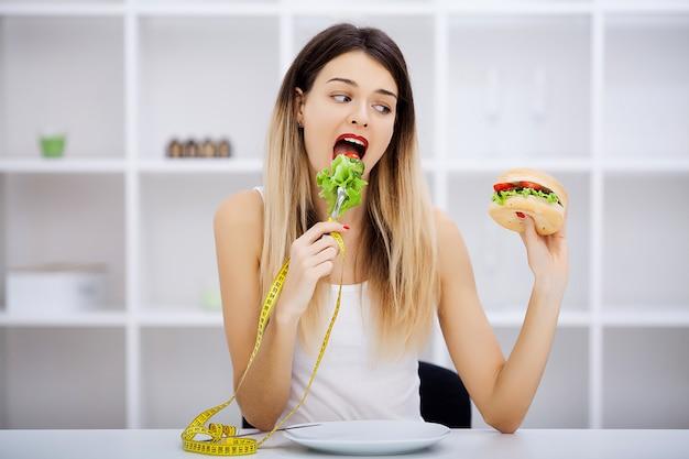 Escolha entre junk food e dieta saudável