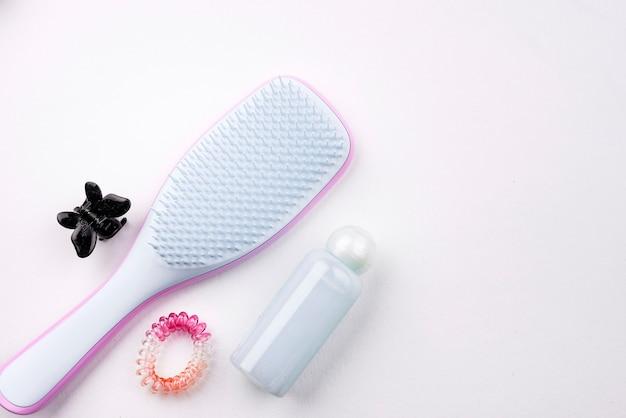 Escova de cabelo com espaço de cópia
