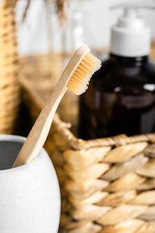 Escova de dente de madeira ecológica