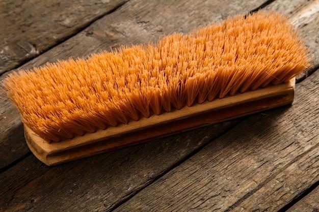 Escova de madeira