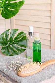 Escova e cosméticos para cabelos