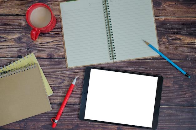 Escreva em papel ou tablet.