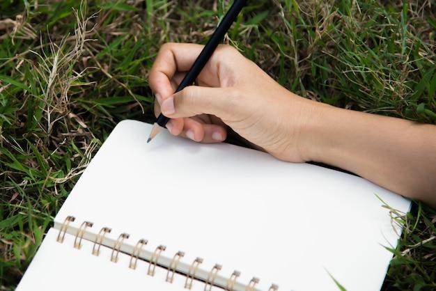 Escrevendo na página em branco