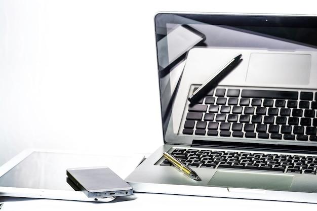 Escritório, computador, tablet, smartpnones, notebook