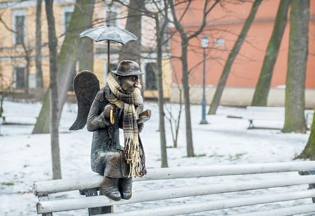 Escultura do anjo de são petersburgo