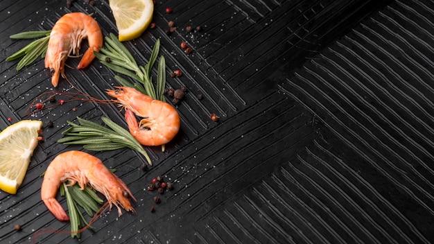 Espaço de cópia de camarão de frutos do mar frescos