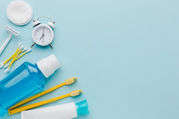 Espaço de cópia de produtos de limpeza dentária