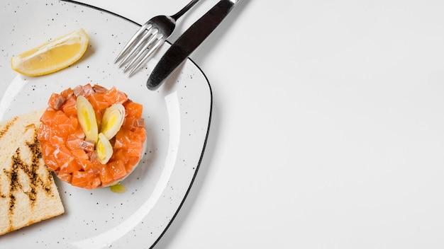 Espaço de cópia delicioso aperitivo de salmão