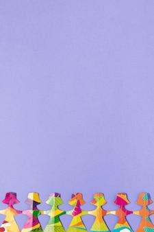 Espaço de cópia em papel colorido feminino feito formulário
