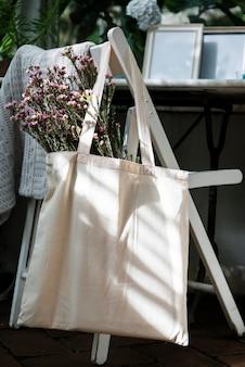 Espaço de design na sacola