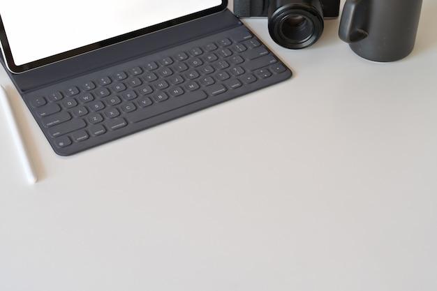 Espaço de trabalho de escritório em casa e espaço de cópia