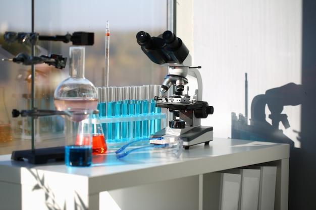 Espaço de trabalho de laboratório profissional