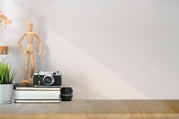 Espaço de trabalho de loft de maquete e espaço de cópia