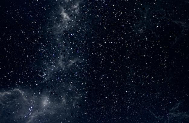 Espaço do céu profundo com a via láctea e estrelas como plano de fundo