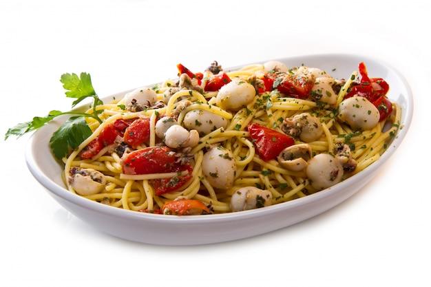 Espaguete com choco e tomate