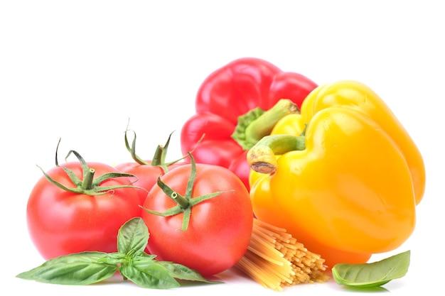 Espaguete com legumes