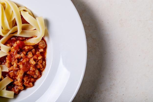 Esparguete à bolonhesa cozido