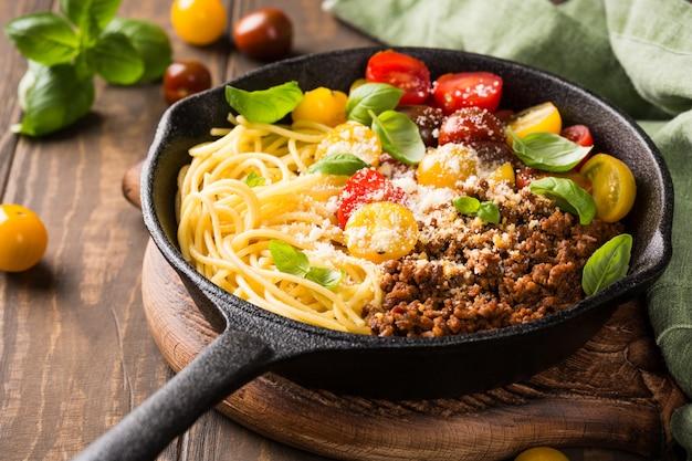 Esparguete delicioso bolonhesa