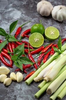 Especiarias de pasta de curry vermelho tailandês