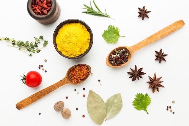Especiarias e ingredientes para cozinhar