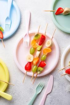 Espetos de frutas