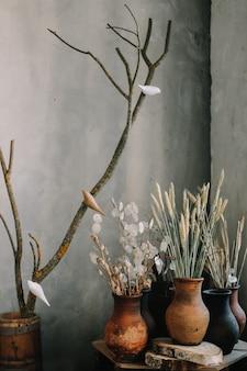 Espigas de trigo em pote de cerâmica estilo rústico natureza morta de verão