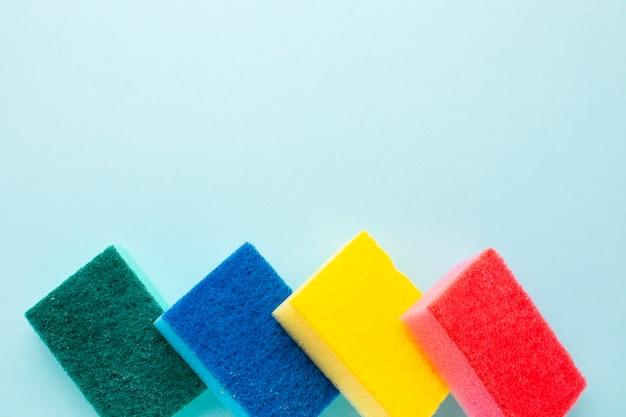Esponja colorida coleção cópia espaço