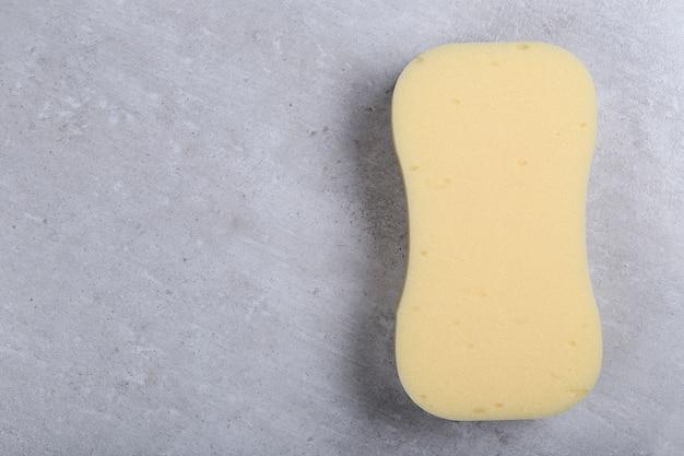 Esponja curvilínea amarela