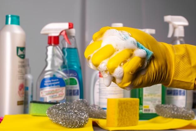 Esponja para lavar louça.