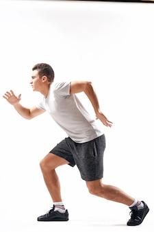 Esportes homem treino exercício ginásio corrida estilo de vida