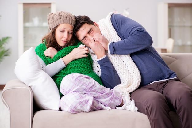 Esposa e marido doentes em casa
