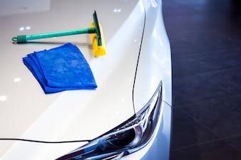 Esta carreira wipping carro com farol LED para os clientes