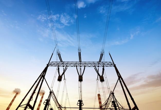 Estação de conversão de cabos de alta tensão